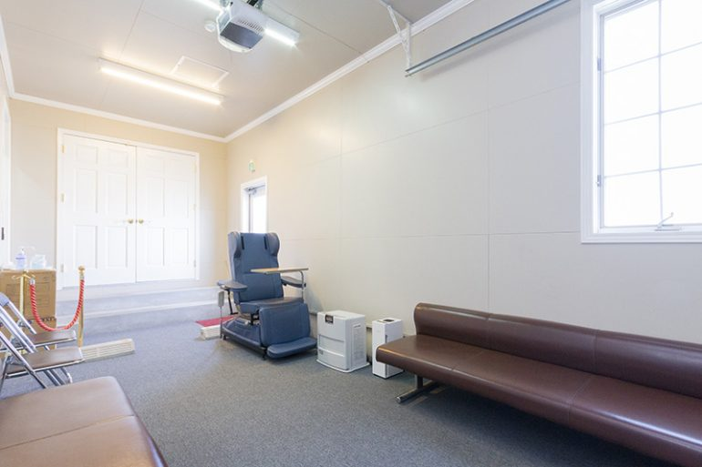 コロナ(COVID-19)専用控室・待合室